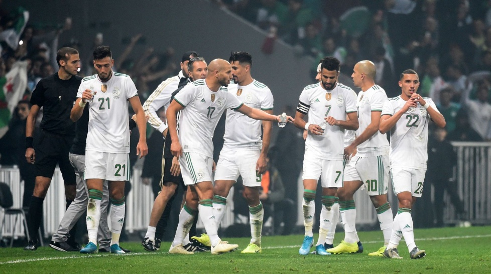 Argélia 3-0 Colombia